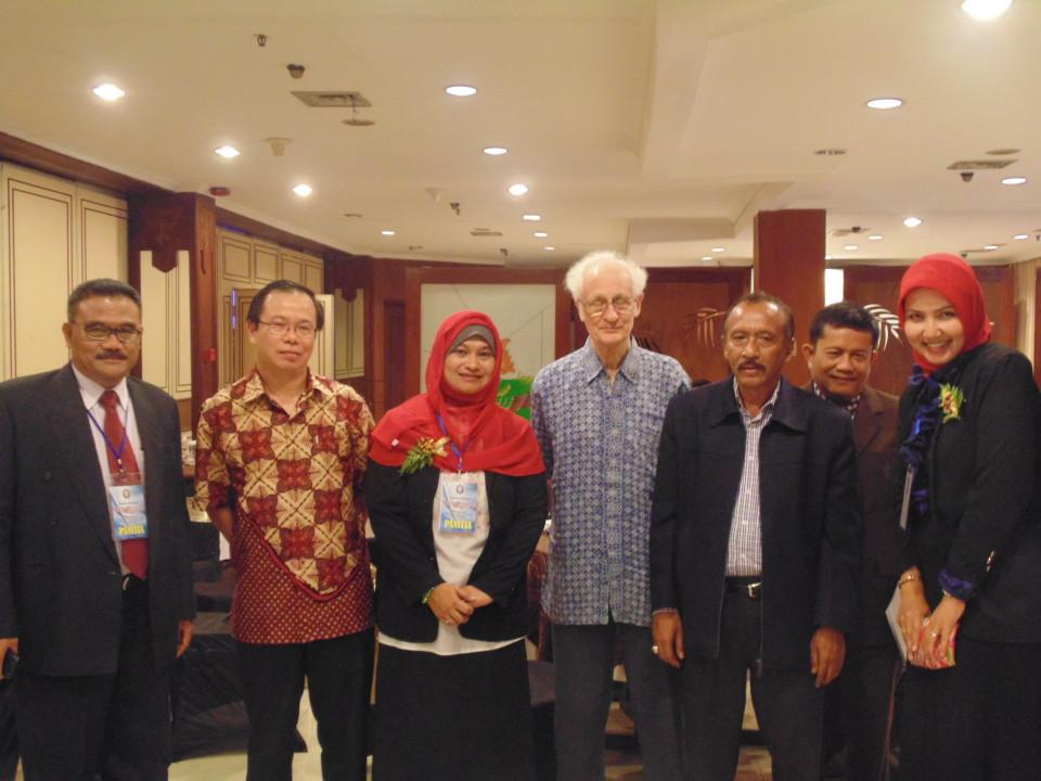 Dosen BL saat diundang sebagai narasumber seminar nasional di Undip Semarang
