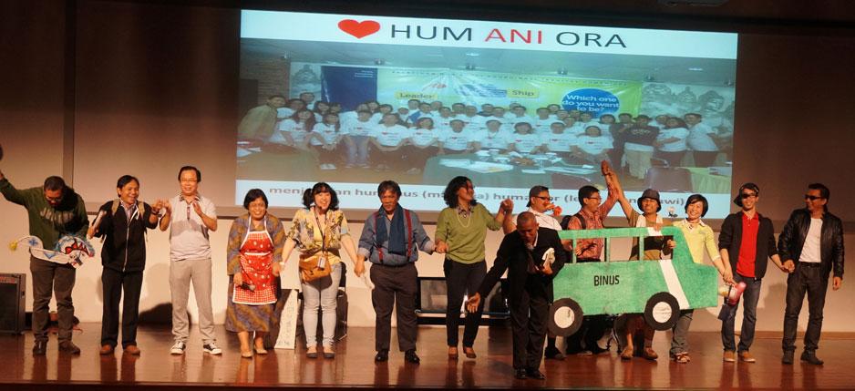 Dekan F.Humaniora ikut tampil di pentas drama