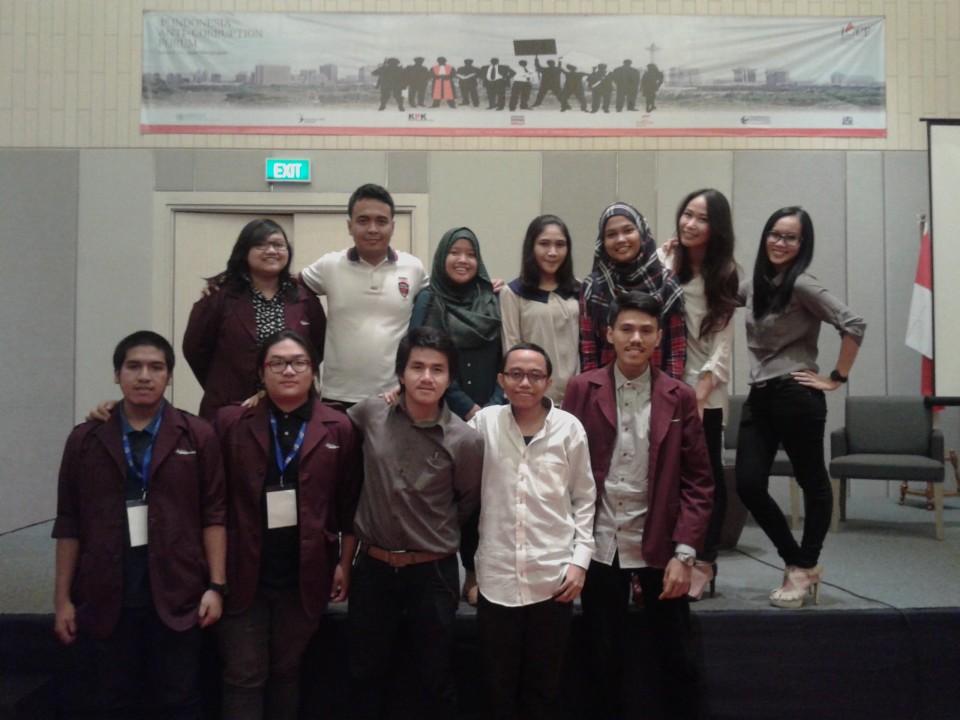 Mahasiswa BL aktif terlibat sebagai notulis di konferensi internasional yang dibuka Presiden SBY di Istana Negara
