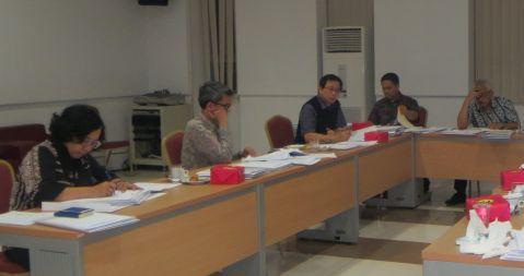 Suasana saat penilaian makalah di Pusdiklat Setneg, Cipete, 11-12 Juni 2015