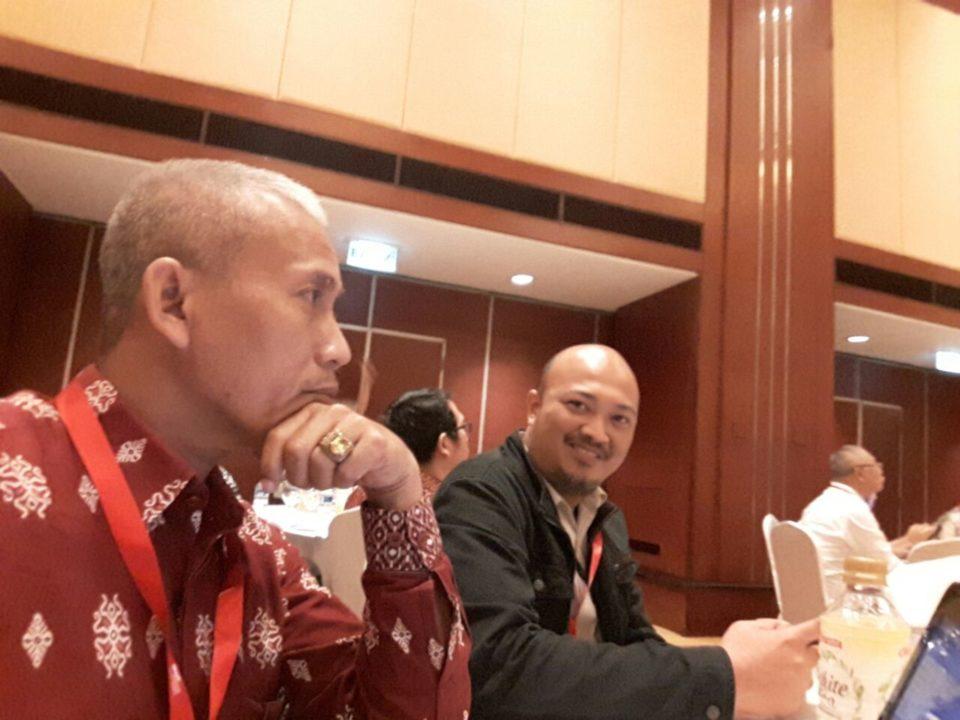 Dr. Besar dan Dr. Bambang Pratama mewakili Business Law