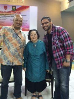Bambang Pratama, Prof. Sunaryati Hartono, dan Sunil Taulani