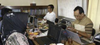 PROF. FAROUK MUHAMMAD DAN PENELITIAN TENTANG BUDAYA BERSUPREMASI HUKUM