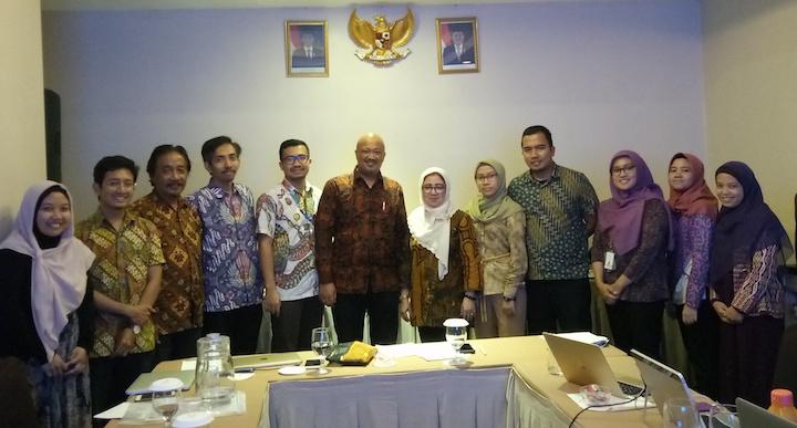 SEKILAS PERKEMBANGAN FINTECH DI INDONESIA