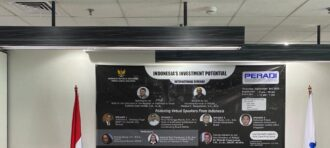 "NIRMALA MANY DI SEMINAR INTERNASIONAL ""INDONESIA'S INVESTMENT POTENTIAL"""
